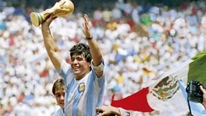 Já foi iniciado processo para rebatizar estádio do Nápoles com nome de Maradona