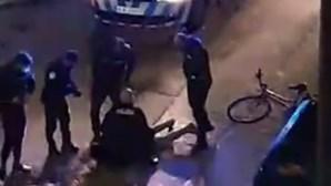Jovem casal detido após disparos no Vale da Amoreira. PSP apanhou suspeito a fugir