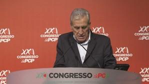 PCP vinca oposição ao Governo e assume problemas internos