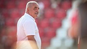 Vítor Oliveira imortalizado ao dar o nome a prémios que vão distinguir o melhor treinador da Liga