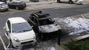 Polícia Judiciária investiga fogo que destruiu automóvel em Santarém