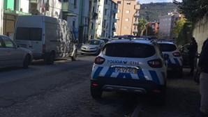 Mulher baleada no Bairro de Santa Tecla em Braga. Atirador é marido da vítima e está em fuga