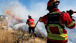 Bombeiros ainda sem pagamentos relativos à época de incêndios