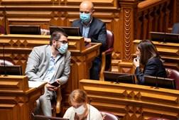 Negociações entre as bancadas do PCP e do PS têm-se mantido de forma a que os comunistas viabilizem o OE