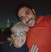Avó de 80 anos casa com homem 45 anos mais novo e partilha experiência sexual