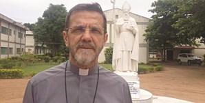 D. Luiz Fernando Lisboa , bispo de Pemba, descreveu os relatos de horror contados pelos sobreviventes dos ataques dos grupos islâmicos armados na região de Cabo Delgado