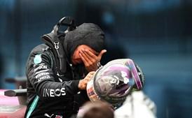 Lewis Hamilton conquista 7.º título mundial de Fórmula 1 e iguala recorde de Michael Schumacher