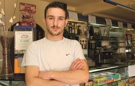 Alípio Cunha fotografado pelo CM em 2006, no café onde foi baleado