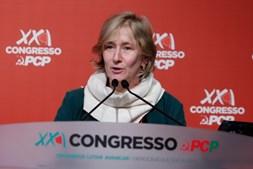 A eurodeputada Sandra Pereira, intervém durante o segundo dia do XXI Congresso do PCP