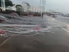 Mau tempo derrubou iluminações de Natal em Ponta Delgada
