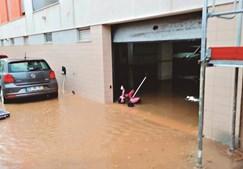Garagem ficou cheia de água