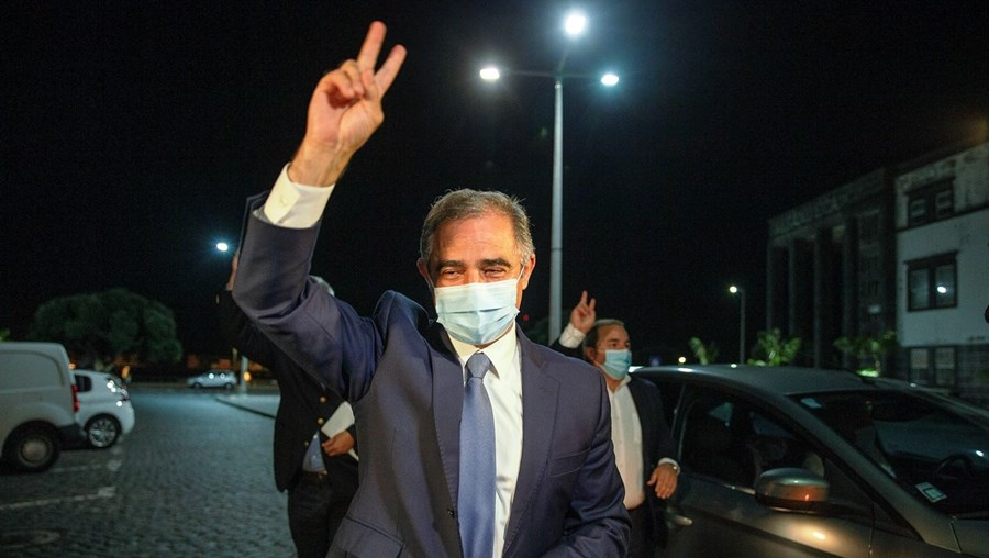 José Manuel Bolieiro  tentou montar uma maioria de direita nos Açores, mas o PSD nacional recusou alinhar nas exigências do partido de André Ventura