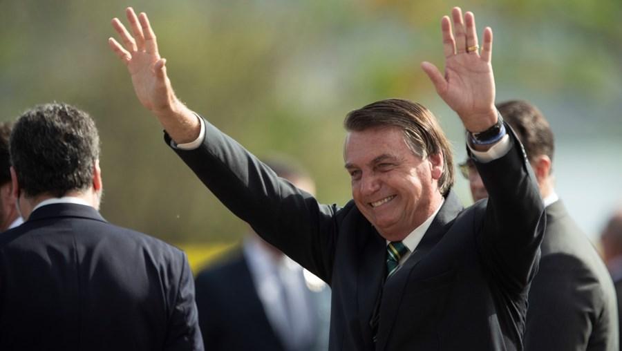 Fracasso dos candidatos apoiados por Bolsonaro nas municipais pode ser um sinal preocupante para as aspirações do presidente à reeleição em 2022