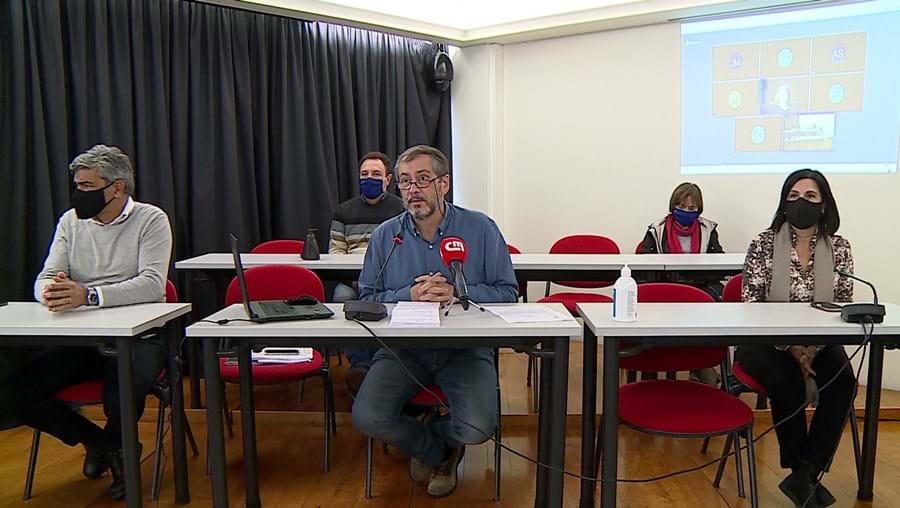 Fenprof reclama reforço das condições de segurança sanitária nas escolas perante os casos crescentes de Covid-19
