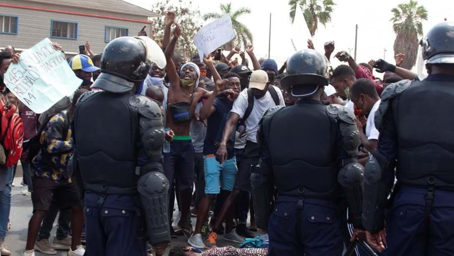 Protestos em Luanda