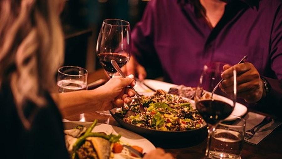Casal jantava em restaurantes de luxo sem pagar