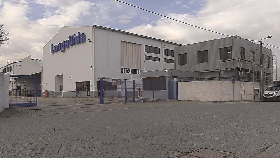 Centro de distribuição dos produtos lácteos Longa Vida, em Perafita, desligou os equipamentos no passado dia 11