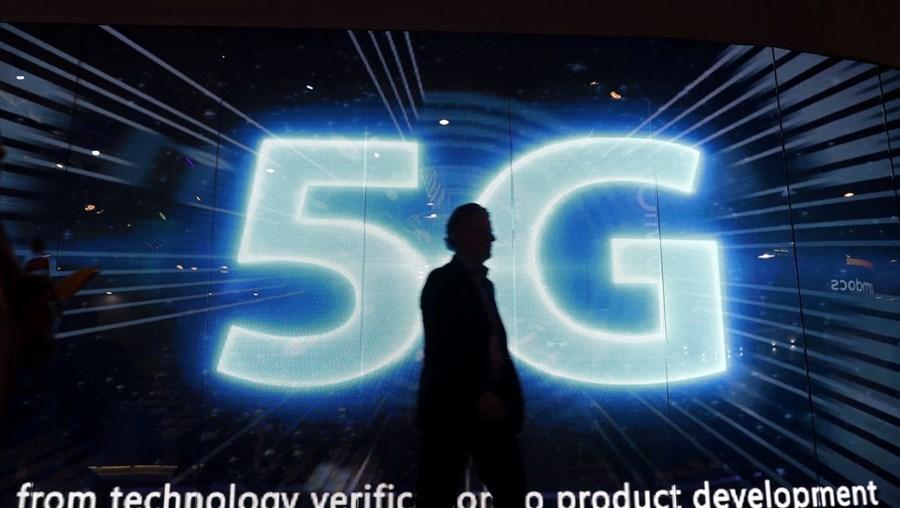 Operadores de telecomunicações portugueses apresentaram queixa à Comissão Europeia sobre o leilão do 5G