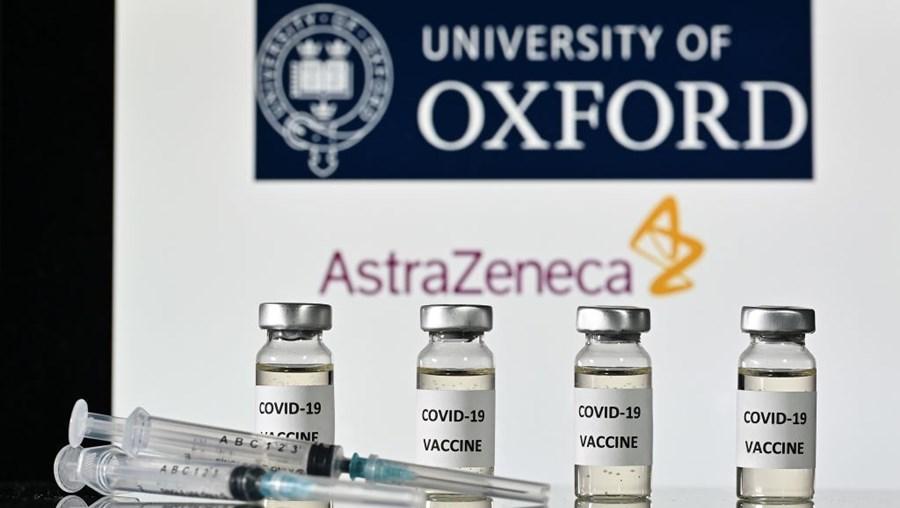 Vacina contra a Covid-19 desenvolvida pelo laboratório britânico AstraZeneca e pela Universidade de Oxford