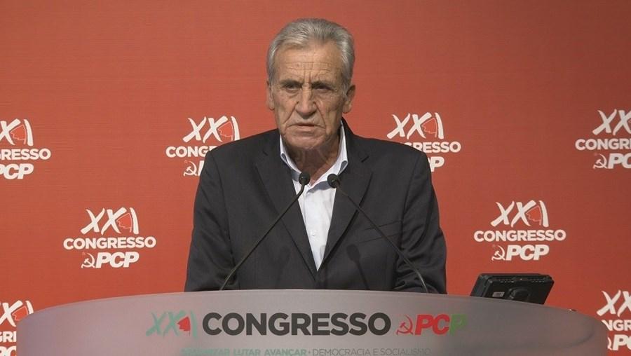 Jerónimo de Sousa discursa na abertura do congresso do PCP