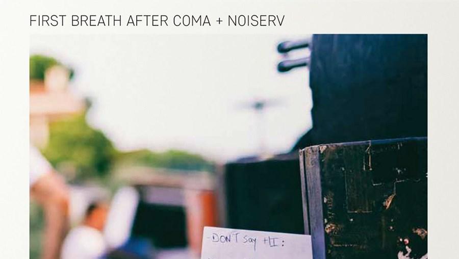 Noiserv e First Breath After Coma lançam vinil com músicas ao vivo no Bons Sons