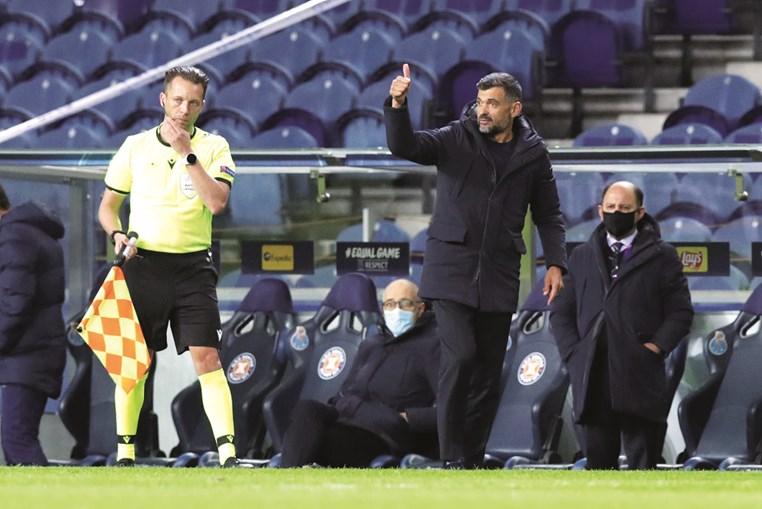 Sérgio Conceição mostrou-se satisfeito com reação da equipa na Champions