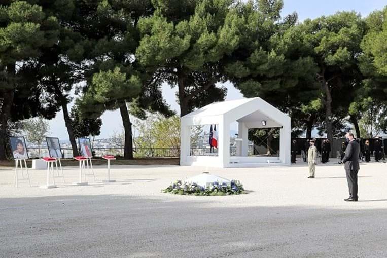 'Compaixão' e 'indignação' na homenagem às vítimas do atentado de Nice