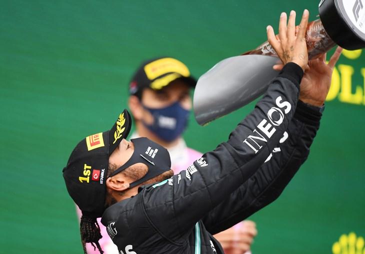 Piloto britânico sagrou-se campeão do mundo de F1 pela sétima vez