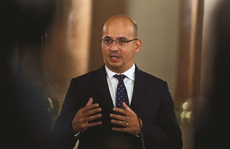 Ministro das Finanças , João Leão, poderá ter de rever estimativas para 2020, face a quarto trimestre difícil