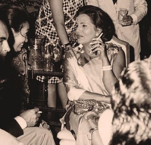 A fadista  em 1970 no Japão