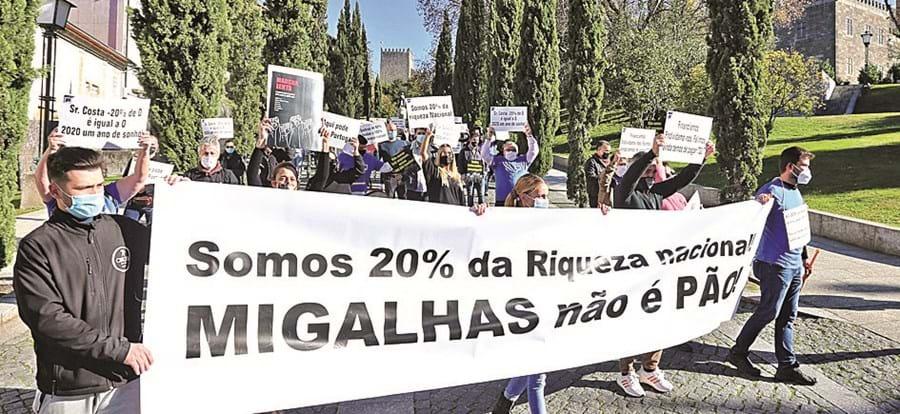 Em Guimarães, comerciantes e empresários em protesto