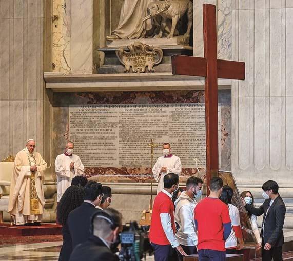 Papa Francisco celebrou a missa de entrega dos símbolos da Jornada Mundial da Juventude (JMJ)