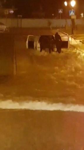 Chuva intensa provoca inundações no concelho de Olhão