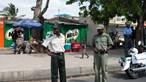 Polícia moçambicana detém agente por balear homem sem máscara