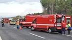 Quatro feridos em despiste de viatura seguido de colisão na A24