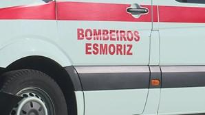 Cinco feridos em colisão entre ambulância e carro em Ovar. Bombeiro e uma menor entre as vítimas