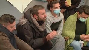 """""""Estamos aqui para ir até ao fim"""": Empresários da restauração no sexto dia de greve de fome em frente à Assembleia"""