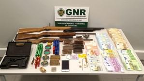 GNR detém dois homens por posse de armas proibidas e tráfico de droga
