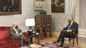 Governo alivia portugueses no Natal mas evita excessos
