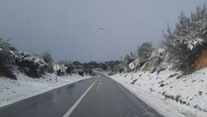 Neve deixou Tabuaço como verdadeiro 'postal' de inverno
