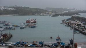 Forte ondulação encerra portinhos de pesca em Odemira e Sines