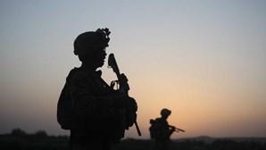 Número de mulheres jornalistas no Afeganistão reduziu-se 18% em seis meses