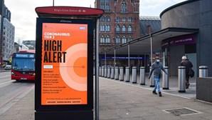 Reino Unido regista mais 1.725 mortes por Covid-19 e remete desconfinamento para março