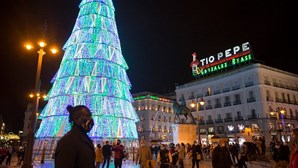 Infeções da Covid-19 disparam em Espanha com mais de 12 mil novos casos em 24 horas