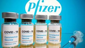 Acordo secreto entre Comissão Europeia e Pfizer isenta farmacêutica de responsabilidades