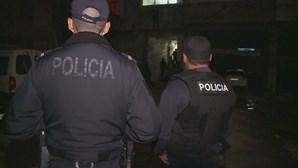 Condutor sem carta tenta atropelar agente durante fuga à PSP em Vila Nova de Gaia