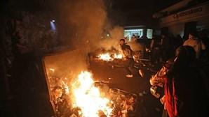 Polícia e estudantes envolvem-se em confrontos durante manifestação contra subida das propinas no Líbano