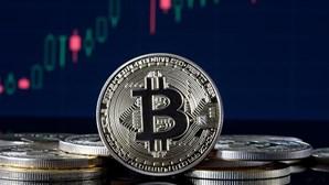 Homem esquece-se de password e arrisca ficar sem 196 milhões de euros em bitcoin