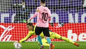 Messi ainda não decidiu futuro e acha difícil FC Barcelona recuperar o nível