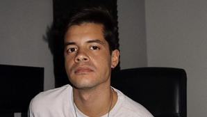 Ivo Lucas recebe alta hospitalar após morte de Sara Carreira. Ator passa Natal com a família